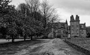 château de Trebodennic, finistère, bretagne, noir et blanc
